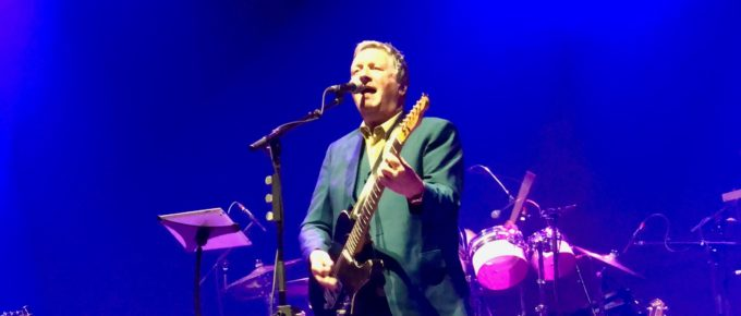 Glenn Tilbrook on stage